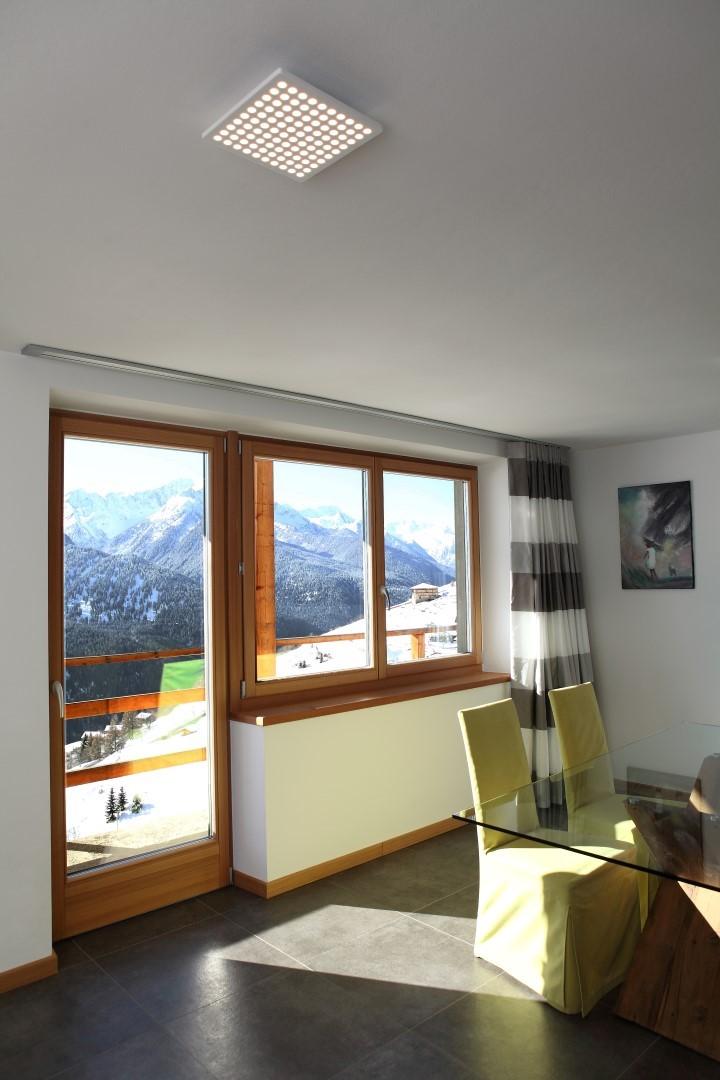 Abitazione 10 val di sole luce e design for Abitazione design